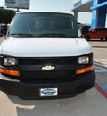 chevrolet express cargo 2008 white van 1500 gasoline 6 cylinders rear wheel drive automatic 75067