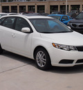 kia forte 5 door 2012 white hatchback ex gasoline 4 cylinders front wheel drive automatic 77375