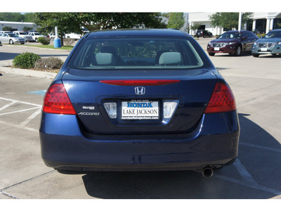 honda accord 2007 dk  blue sedan value package gasoline 4 cylinders front wheel drive automatic 77566