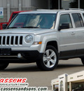 jeep patriot 2011 bright silver metal suv latitude gasoline 4 cylinders front wheel drive automatic 62034