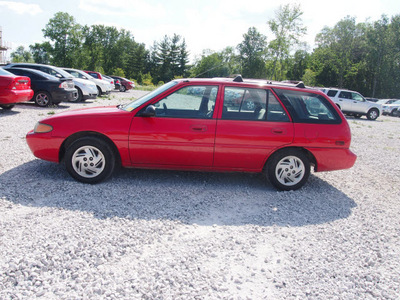 ford escort 1998 red wagon se gasoline 4 cylinders front wheel drive 5 speed manual 46168