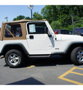 jeep wrangler 2000 white suv se gasoline 4 cylinders 4 wheel drive automatic 08844