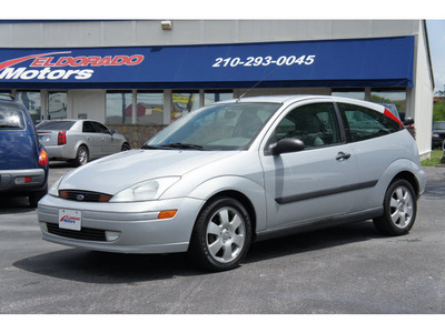ford focus 2002 silver hatchback zx3 gasoline 4 cylinders front wheel drive automatic with overdrive 78217