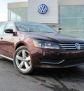 volkswagen passat 2012 dk  red sedan se gasoline 5 cylinders front wheel drive 6 speed automatic 46410