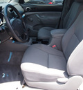 toyota tacoma prerunner 2006 black gasoline 4 cylinders rear wheel drive 5 speed manual 76234