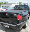 gmc sonoma 2002 black pickup truck sls gasoline 6 cylinders rear wheel drive automatic 45324