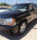 gmc yukon xl 2005 black suv denali gasoline 8 cylinders all whee drive 4 speed automatic 76108