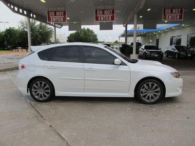 subaru impreza wrx 2009 white wagon wrx sr nav gasoline 4 cylinders all whee drive 5 speed manual 77099