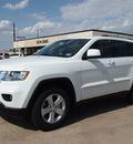 jeep grand cherokee 2013 white suv laredo gasoline 6 cylinders 2 wheel drive automatic 76011