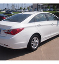 hyundai sonata 2013 white sedan gls gasoline 4 cylinders front wheel drive automatic 77074