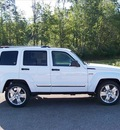 jeep liberty 2012 white suv limited jet edition gasoline 6 cylinders 4 wheel drive automatic 44024