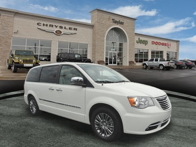 chrysler town country 2013 white van touring l flex fuel 6 cylinders front wheel drive shiftable automatic 60915