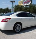 nissan maxima 2009 white sedan 3 5 s gasoline 6 cylinders front wheel drive automatic 76011