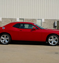 dodge challenger 2013 maroon coupe sxt flex fuel 6 cylinders rear wheel drive automatic 62034