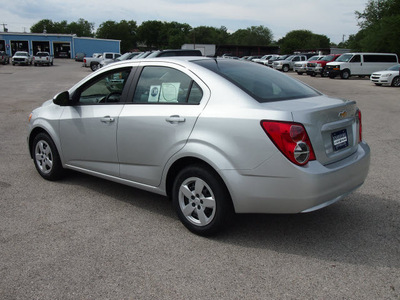 chevrolet sonic 2013 silver sedan ls gasoline 4 cylinders front wheel drive automatic 78114