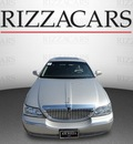 lincoln town car 2003 silver sedan signature gasoline 8 cylinders sohc rear wheel drive automatic with overdrive 60546