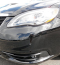 chrysler 200 convertible 2012 px8 black clear coa s 6 cylinders 33021
