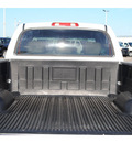 toyota tundra 2006 white limited gasoline 8 cylinders rear wheel drive automatic with overdrive 77539