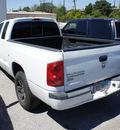 dodge dakota 2007 white pickup truck slt gasoline 6 cylinders rear wheel drive automatic 75062