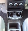 dodge grand caravan 2008 white van se w 3rd row seat gasoline 6 cylinders front wheel drive automatic 32901