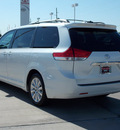 toyota sienna 2011 white van limited 7 passenger gasoline 6 cylinders front wheel drive shiftable automatic 77469
