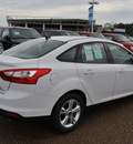 ford focus 2013 oxford white sedan se flex fuel 4 cylinders front wheel drive 6 speed automatic 78523