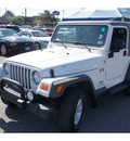 jeep wrangler 2005 white suv x gasoline 6 cylinders 4 wheel drive automatic 78539