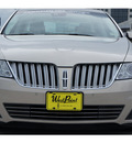 lincoln mks 2009 lt  brown sedan gasoline 6 cylinders front wheel drive automatic 77043