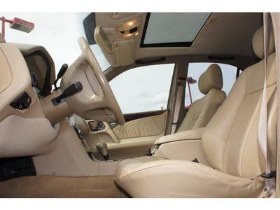 mercedes benz e class 1998 white sedan e320 gasoline 6 cylinders rear wheel drive automatic 76543