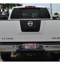 nissan titan 2007 white se flex fuel 8 cylinders 4 wheel drive shiftable automatic 78214