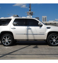 cadillac escalade 2011 white suv premium 8 cylinders automatic 77002