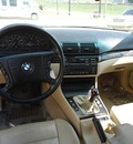 bmw 3 series 2000 black sedan 328i 6 cylinders 5 speed manual 76108