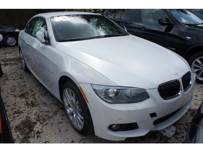bmw 3 series 2013 white 328i gasoline 6 cylinders rear wheel drive automatic 78729
