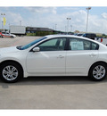 nissan altima 2010 white sedan 2 5 sl gasoline 4 cylinders front wheel drive automatic with overdrive 77642