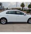 chevrolet malibu 2010 white sedan lt gasoline 4 cylinders front wheel drive automatic with overdrive 77642