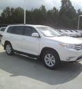 toyota highlander 2013 white suv se gasoline 6 cylinders front wheel drive automatic 75569