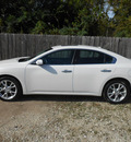 nissan maxima 2012 white sedan 3 5 sv gasoline 6 cylinders front wheel drive automatic 75901