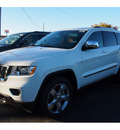 jeep grand cherokee 2013 white suv overland 8 cylinders 6 speed automatic 07730
