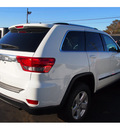 jeep grand cherokee 2013 white suv laredo x 6 cylinders 5 spd automatic 07730