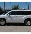 mitsubishi endeavor 2011 off white ls gasoline 6 cylinders all whee drive automatic 78233