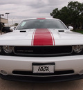 dodge challenger 2013 white coupe rallye redline appearance grou flex fuel 6 cylinders rear wheel drive automatic 76011