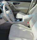 nissan altima 2013 red sedan s gasoline 4 cylinders front wheel drive automatic 33884