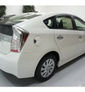 toyota prius 2012 white hatchback plug in hybrid i 4 cylinders front wheel drive automatic 91731