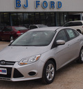 ford focus 2013 silver hatchback se 4 cylinders automatic 77575