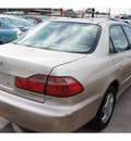 honda accord 2000 gold sedan ex 4 cylinders automatic 77018