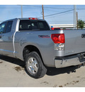 toyota tundra 2007 silver sr5 gasoline 8 cylinders rear wheel drive automatic 78233