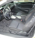toyota camry solara 2006 off white se v6 gasoline 6 cylinders front wheel drive automatic 91731
