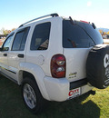 jeep liberty 2006 white suv limited gasoline 6 cylinders 4 wheel drive automatic 81212
