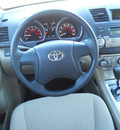 toyota highlander 2012 white suv gasoline 6 cylinders front wheel drive automatic 75604