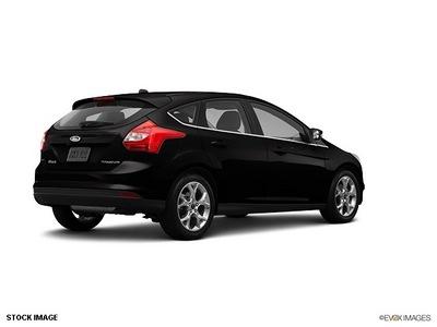 ford focus 2013 hatchback titan flex fuel 4 cylinders front wheel drive 6 spd 75062
